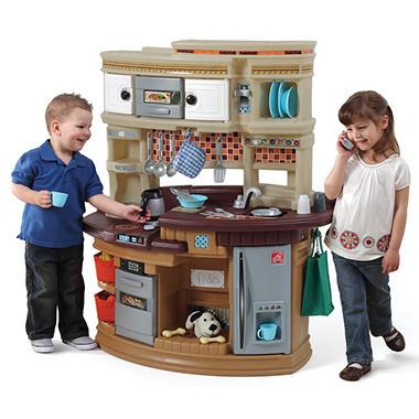 Family fun kitchen sam 39 s club for Child size kitchen sets