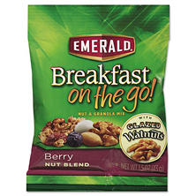 Emerald Trail Mix, Berry 1.5 oz. (8 ct.)