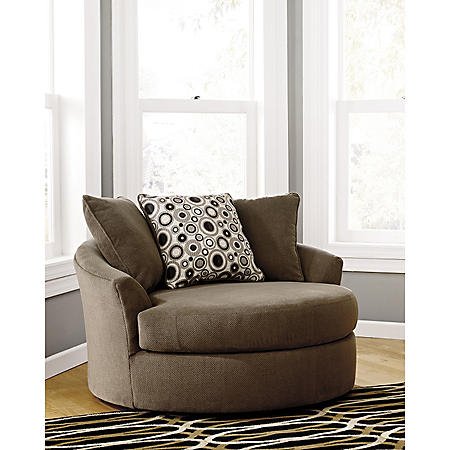 Roenik Oversized Swivel Accent Chair