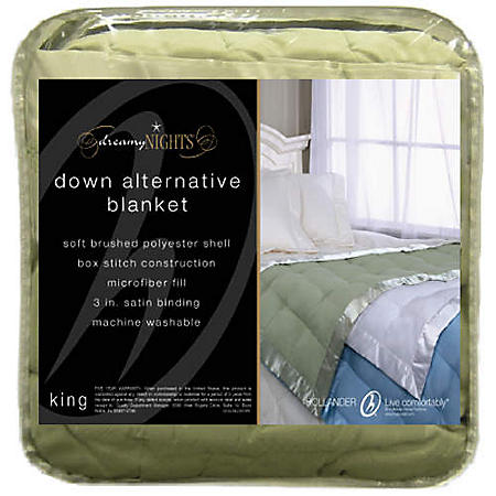 Dreamy Nights Down Alternative Blanket