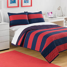 IZOD Nottingham Stripe Quilt (Assorted Sizes)