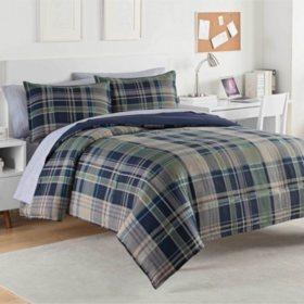 IZOD Seattle Crockey Comforter Set