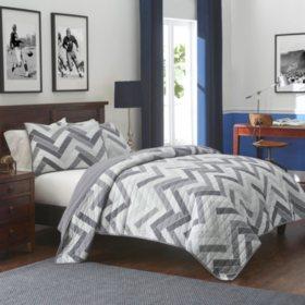 IZOD Herringbone Frost Grey Quilt