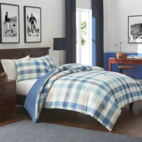 IZOD Waitsfield Vintage Indigo Comforter Set (Assorted Sizes)