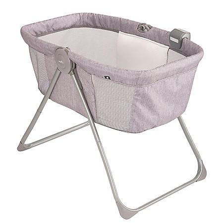 Evenflo Loft Portable Bassinet, Chevron Melange