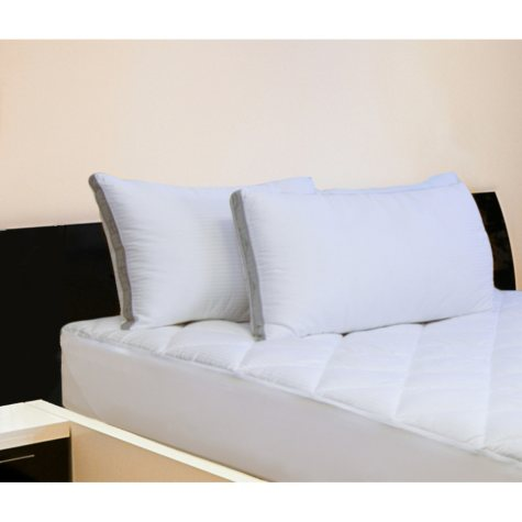 Hotel Luxury Reserve Collection Jumbo Bed Pillow by Member's Mark (2 pack)