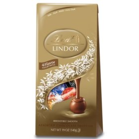Lindt Chocolate Assorted Lindor Truffle Bag (1.89 lbs.)