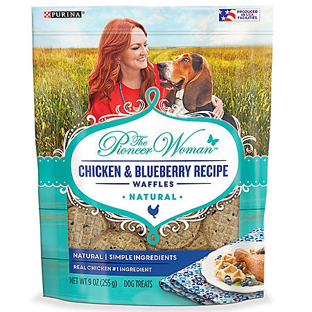 The Pioneer Woman Natural Adult Dog Treats, Chicken & Blueberry Recipe Waffles (9 oz., 5 pk.)