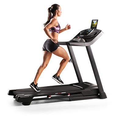 OVERVIEW. The NordicTrack X22i Incline Trainer is a calorie burning machine, a perfect fitness experience, and incline trainer treadmill. With its wide inch Smart HD touchscreen you have access to follow streamed iFit coach trainer led classes, specifically designed for the X22i.