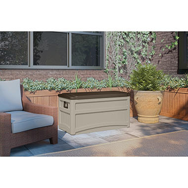 Suncast 73 Gallon Deck Box