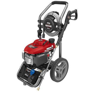 Black Max 2,700 PSI Gasoline Pressure Washer   Powered By Honda