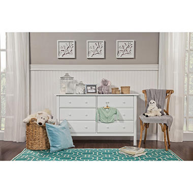 DaVinci Jayden 6-Drawer Double Wide Dresser, White