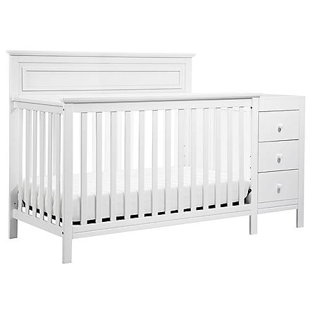 DaVinci Autumn 4-in-1 Convertible Crib and Changer Combo (Choose Your Color)