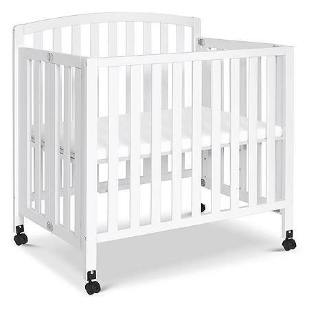 DaVinci Dylan Folding Portable Mini Crib, White