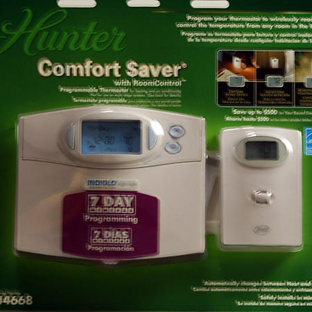 Hunter Comfort Saver Programmable Thermostat