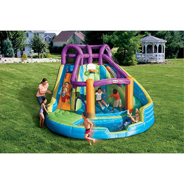 Little Tikes 2-N-1 Wet-N-Dry Bouncer