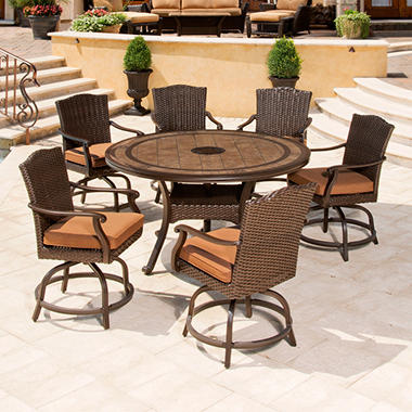 Brentwood Outdoor Dining Set