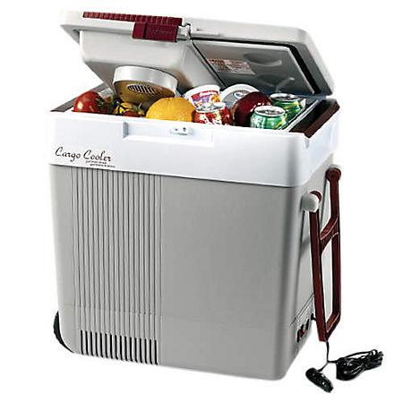 Koolatron PB6500 Rechargeable Cooler - 33 qt. cap.