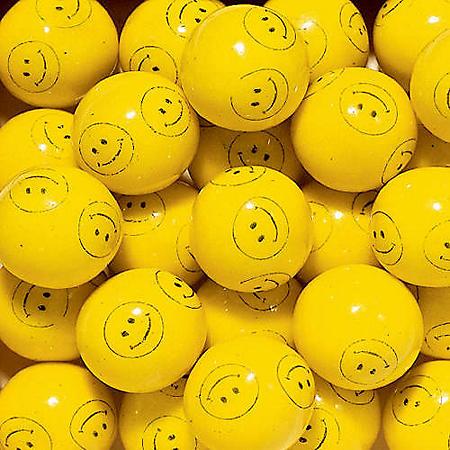 Dubble Bubble Smiley Face Gumballs (24 mm., 850 ct.)