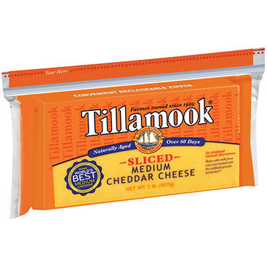 Tillamook Sliced Medium Cheddar Slices (32 oz.)