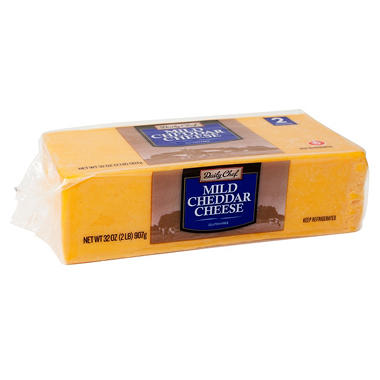 Daily Chef Mild Cheddar Cheese (32 oz.)