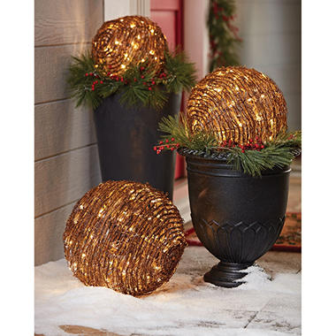 Member's Mark LED Spheres, Set of 3 (Grapevine)