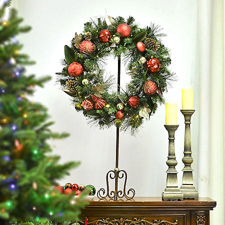 "Member's Mark 32"" Pre-Lit Decorative Red Wreath"