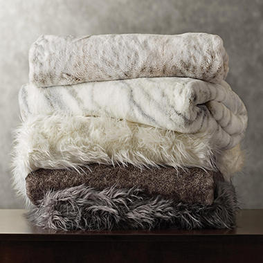 Memberu0027s Mark Luxury Faux Fur Throw (Assorted Patterns)