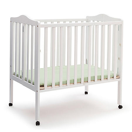 Delta Children Portable Crib with Mattress (Choose Your Color)