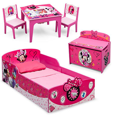 minnie mouse bedrooms delta children minnie mouse deluxe 3 toddler bedroom 12410