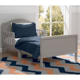 Delta Children Bennett Toddler Bed (Choose Your Color)