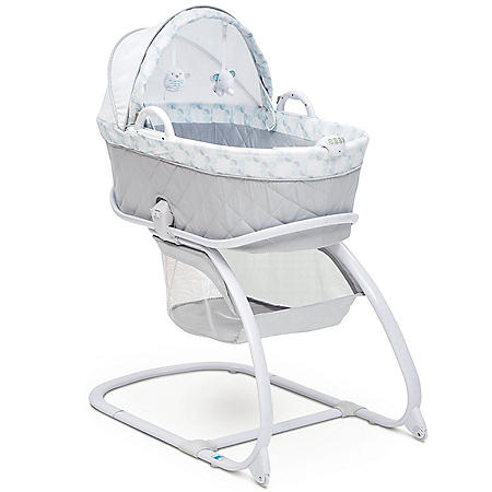 Delta Children Deluxe Moses Bassinet (Choose Your Color)