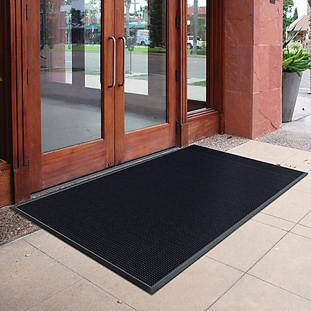 "Trooper™ Outdoor Mat, Black (3"" x 5"" x .75"" Thick)"