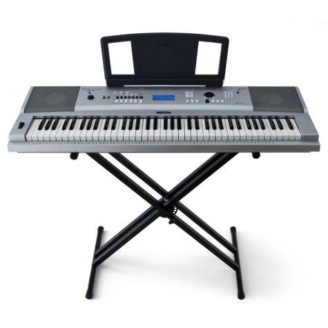 Yamaha Full Size Keyboard with 76 keys