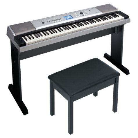 Yamaha 88 Key Full Size Keyboard w/ Bench