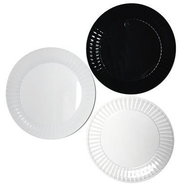 Party Essentials Deluxe Plastic Plates, 6