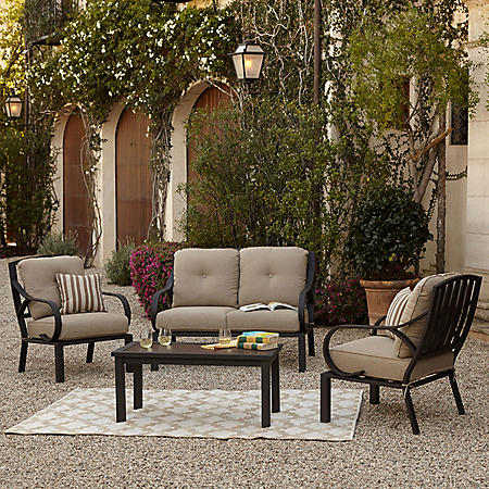 Royal Garden St. James 4-Piece Patio Conversation Set