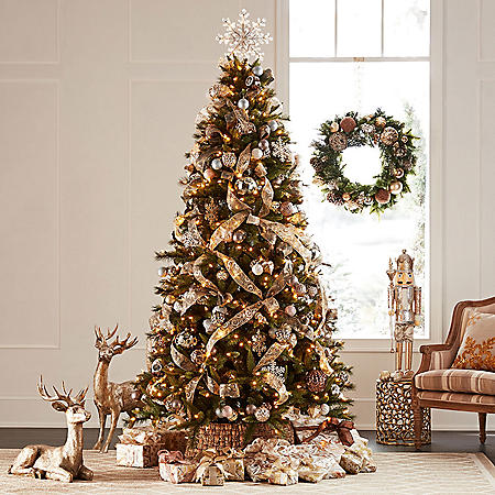 Member's Mark 7.5' Grand Spruce Christmas Tree