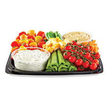 Member's Mark Vegetable Party Tray with Dip