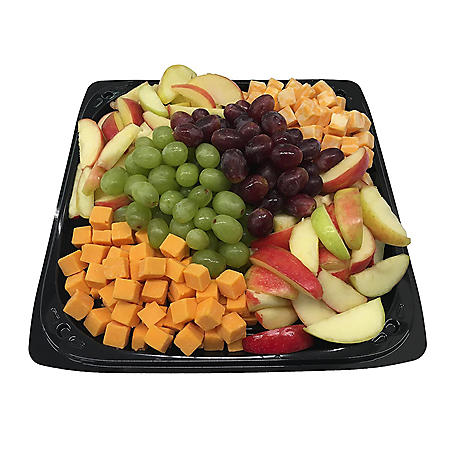 Member's Mark Fruit and Cheese Party Tray with Apples (priced per pound)