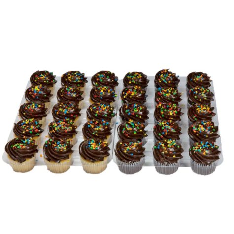 Member's Mark White and Chocolate Cupcakes with Chocolate Buttercream (30 ct.)