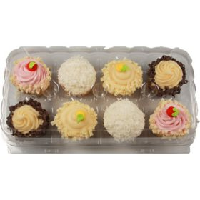 Member's Mark Indulgent Filled Gourmet Cupcakes (8 ct.)