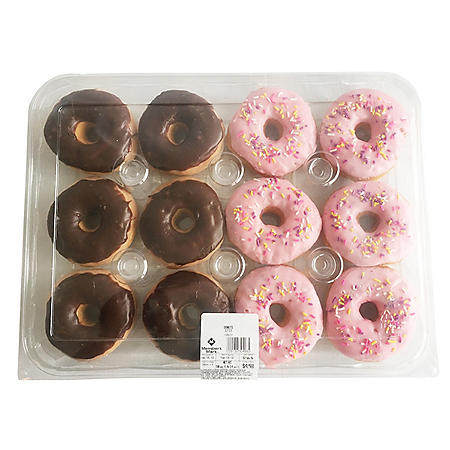 Member's Mark Pink and Chocolate Iced Yeast Donuts (12 ct.)