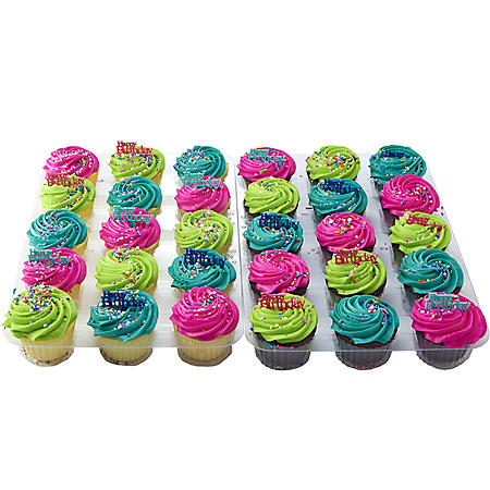 Member's Mark Bright White and Chocolate Cupcakes with Regular Icing (30 ct.)