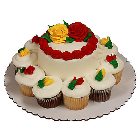 "Member's Mark White 5"" Rose Cake with 10 Cupcakes"