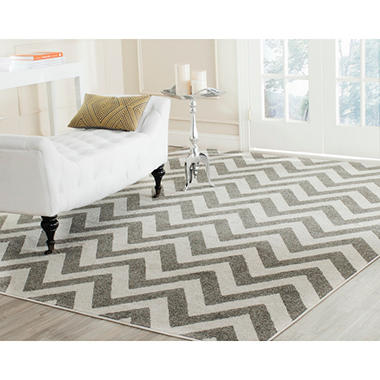 Newport Collection Area Rug 8u0027 X 10u0027 Chevron Stone Cream