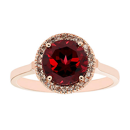 Garnet and Diamond Ring in 14K Gold