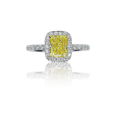 2.67 ct. t.w. Fancy Light Yellow Radiant Diamond Platinum Ring (VS1)