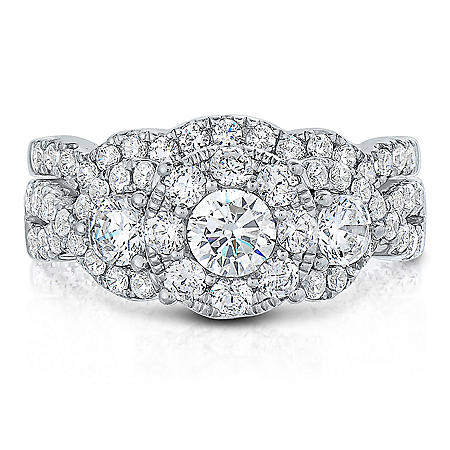 1.96 CT. TW. Diamond Wedding Ring Set in 14K Gold (I, I1)