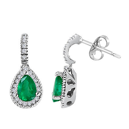 Pear-shaped Emerald and Diamond Earrings set in 14K White Gold (I, I1)